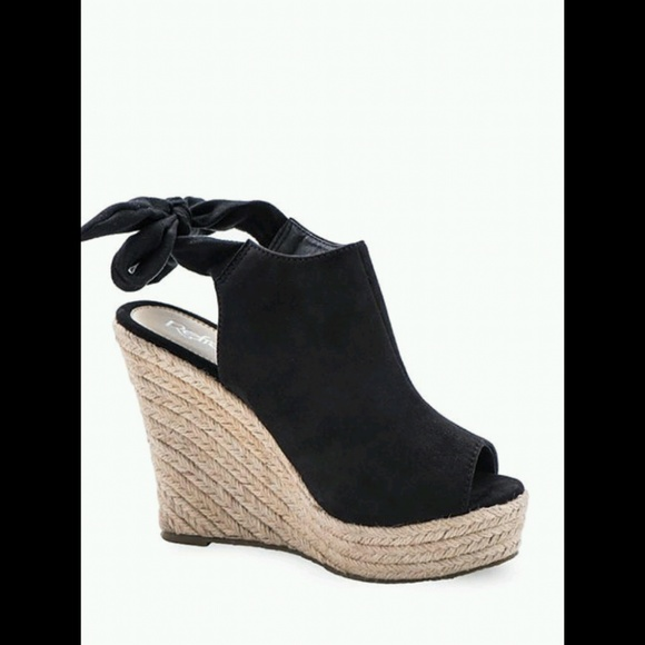 25d091f057e BRAND NEW*SUEDE PEEP TOE ESPADRILLE PLATFORM WEDGE Boutique